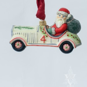 Santa Driving Vintage Car Ornament, VFA Nr. OR19501